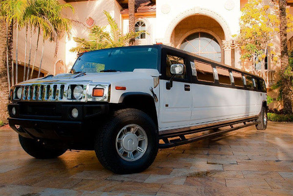 Philadelphia Hummer Limousines Rental