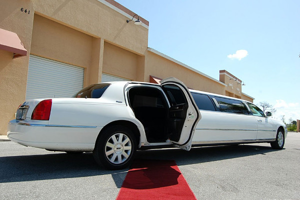 Philadelphia Lincoln Limos Rental